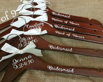 Personalized Wood Hanger for Bride and Bridal Party Set of 9/Wood Bridal Hanger/Wedding Hanger/Wedding Party Hanger/Bridesmaid Hanger/