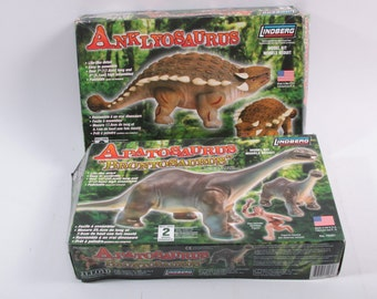 Anklyosaurus Apatosaurus Dinosaur Boxed Models Set of Two ~ The Pink Room ~ 161214