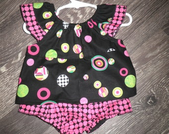 Babies Black top with pink ruffled bloomers
