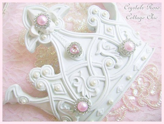 shabby chic white crown wall fleur de lis decor pink bling. Black Bedroom Furniture Sets. Home Design Ideas