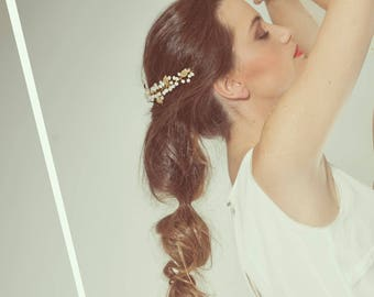 Leaf hair adornment, Crystal weddings headpiece, bridal crystal hair adornment , white wedding hair vine, gold headband, jewelry hair