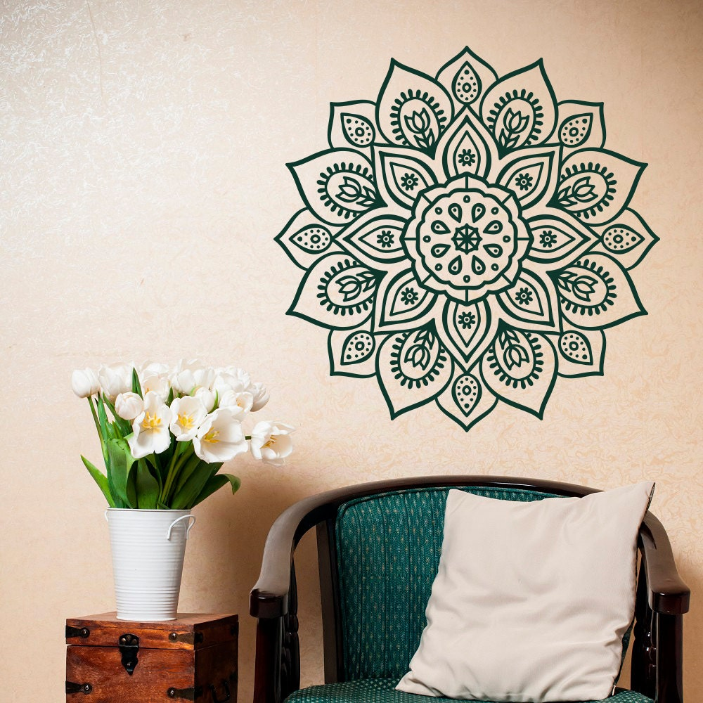 Рисуем мандалы на стене своими руками 38