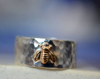 Men's Wedding Band, Honeybee Ring, Sterling Silver Ring, 14K Gold Bee Ring, Custom Engraving, Customised Wide Band Wedding Ring, Bee Jewelry