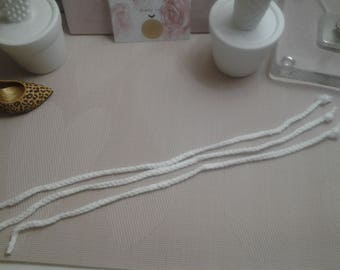 White set of 3 braided cords