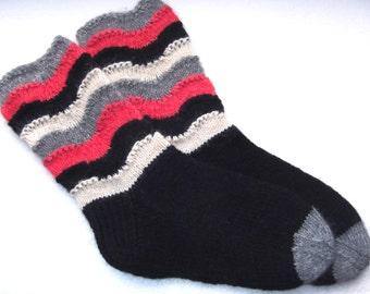Hand knitted womens wool socks. SizeEU 38,5-39,5 US 8-8,5