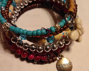 Memory wire bracelet,mixed colors and beads, 7 loops