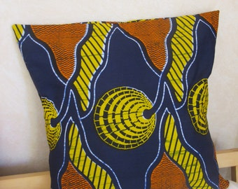 Cushion cover 50 x 50 in African fabric or wax