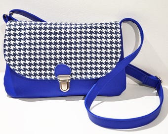Tarlie blue handbag foot of hen