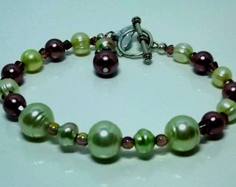 Green and Wine Pearl Bracelet
