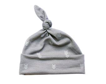 Top knot hat - Top knot baby hat - Knotted infant hat - Baby boy hat - Infant hat - Newborn hat - Grey with white chevrons
