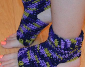 New!!!!  Lavender Ivy Crocheted Yoga/Pilates/Dance/Pedicure/Flip Flop Socks (THICK-AVERAGE SIZE)