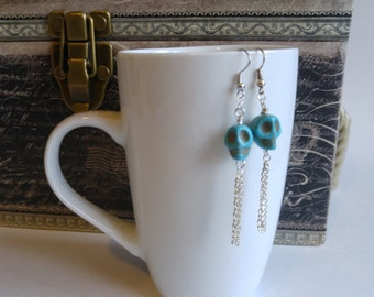 Turquoise skull dangling earrings, hypoallergeninc, nickle free, silver chain, gift for women, stocking stuffers
