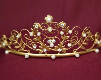 Vintage Inspired Gold Tiara