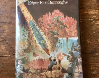 1976 At the Earth's Core; Hard Cover Pellucidar / Hollow Earth Science Fiction Book. Edgar Rice Burroughs . VF+. Nelson Doubleday Inc.