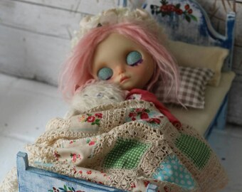 Bed for Blythe