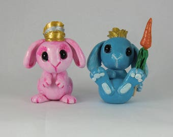 Set of 2, King and Queen Rabbits