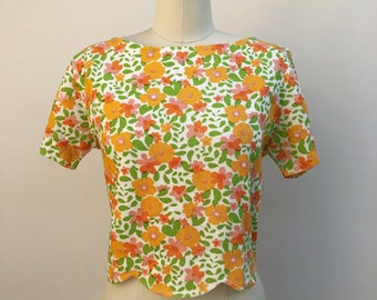 1950s blouse - vintage floral blouse with scalloped waist - orange floral blouse