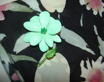 SALE........Long Floral Scarf and Green Weiss Enamel Brooch Set, Vintage fashion set
