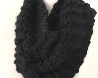 Infinity Scarf, black wool scarf, bulky chunky scarf, Hand Knit Scarf,  merino