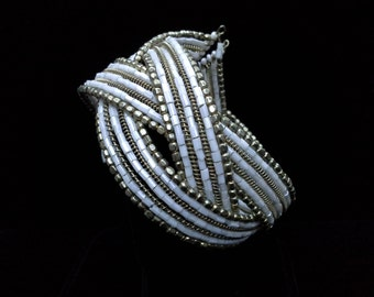Vintage Flapper Style White and Gold Seed Bead Bracelet