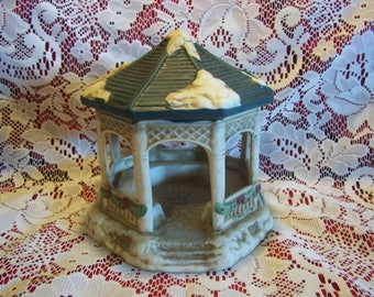 House of Lloyd Gazebo
