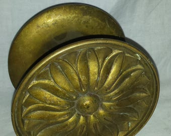 Antique Brass Daisy Canopy Bed Drapery Post Pin