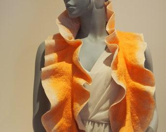 Curly Australian merino wool scarf