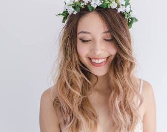white wildflower flower crown / wedding flower crown / baby's breath headpiece / gypsophila spring flower crown / bridal flower crown