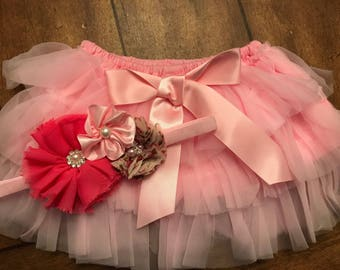 Infant Tutu with matching bow.