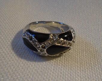 Ring (245)