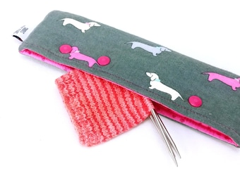 Needle Nook - DPN & Circular Needle Holder - Pet the Puppies (Flannel)