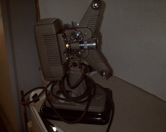 Vintage Revere 8mm Movie Projector