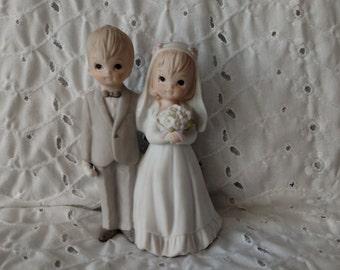 Vintage Bride Groom Figurine Wedding Cake Topper ~ Lefton Couple