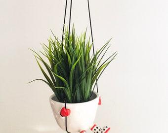 Hanging planter, cactus pot, flower pot ,cactus planter, ceramic pot, succulent planter, birthday gift, mothers day gift, minimalist
