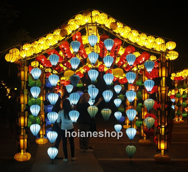 Vietnamese Wedding Altar: Set 8 Pcs Silk Lanterns 35cm For Outdoor Weddings Decorations