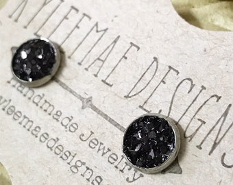 Black Crushed Glass Post Style Earrings, Druzy Look Earrings, Black Earrings that Glitter and Sparkle, Stud Earrings