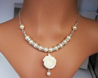Cream Pearl Necklace with Vintage Style, Evening Everyday Jewelry, June Birthstone, Flower Retro Style Unique Ladies Statement Accessories