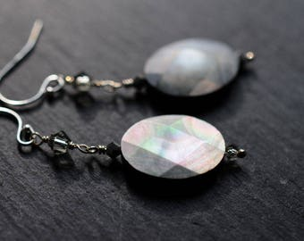 Black lip pearl earrings, mother of pearl earrings