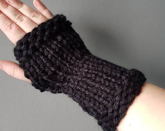 Fingerless mitts. Hand knitted in black super chunky wool