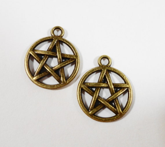 Bronze Pentagram Charms 19x15mm Antique Brass Pentacle Charms, Pagan Charms, Wiccan Charms, 5 Pointed Star Charms, Pentagram Pendants, 10pcs