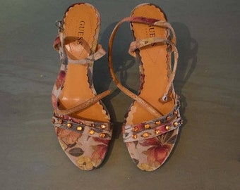 Memorial Day Sale Cute Vintage 1980s Marciano Guess Floral Wedge Summer Sandals with Amber Rhinestones Sz. 7-1/5M