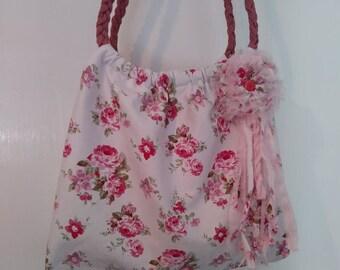 Vintage ruffled tote bag