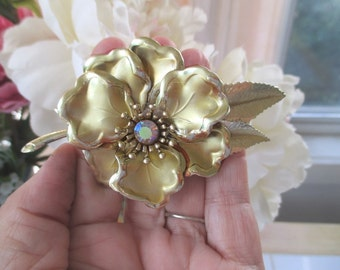 FLOWER Pin/Brooch * Flower Statement Pin * Gold Tone * Rhinestone Center * Layered