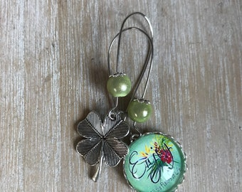 Earrings asymmetrical cabochon 20mm clover enjoy
