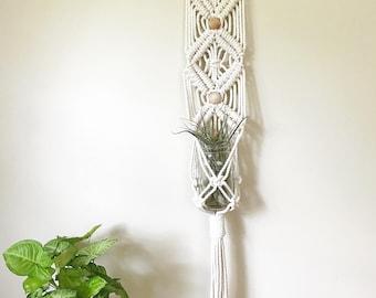 Wall Hanging Planter, Macrame Plant Hanging, Modern Macrame, Minimalistic Decor, Hanging Planter, Plant Lady, 70s decor, Wall Hanging Woven