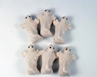 4 Large Ghost Beads - ceramic, peruvian, halloween, holiday - LG310