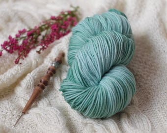 Hand Dyed Superwash Merino Wool  4 ply sock wool Colorway: smokey mint 100g (3.5 oz)