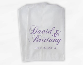 Personalized Wedding Candy Buffet Treat Bags in Lavender - Favor Bags with Couple's Names and Wedding Date - Custom Paper Bags (0040)