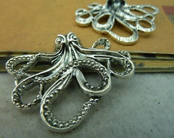 Large Octopus Charms Antique Silver Tone Intricate and Beautiful SC964