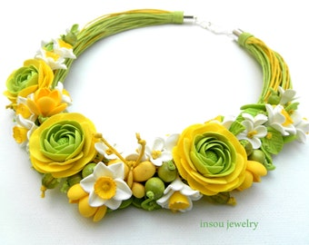 Flower Necklace, Greenery Necklace, Spring Jewelry, Statement Necklace, Yellow Green, Roses, Floral Fashion, Wedding Jewelry, Ranunculus